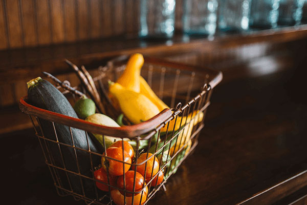 vegetables in shopping cart symbolizing ingredients of a customer experience program
