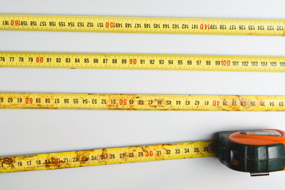 tape measure symbolizing customer engagement metrics